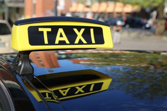 Anreise mit dem Taxi & Flughafenshuttle nach Obertauern